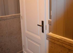 Montaż drzwi i tapet